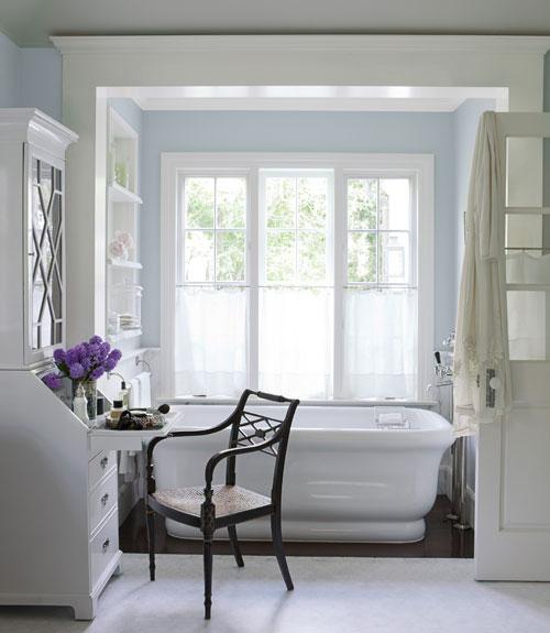 "Beach House Bathrooms: Renovation Report…""Oldating"" The Beach House Bathroom"