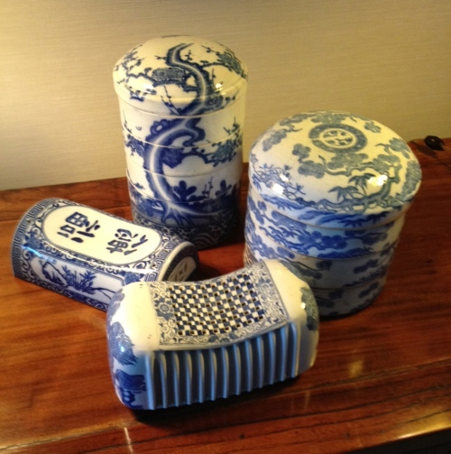 jubako and geisha pillow