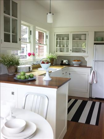 Aaron Hom kitchen from HB via deliciously determined