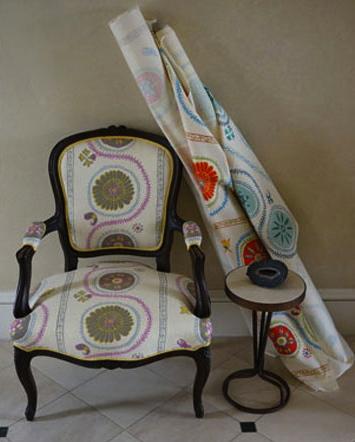 suzani-luv-chair mally skok