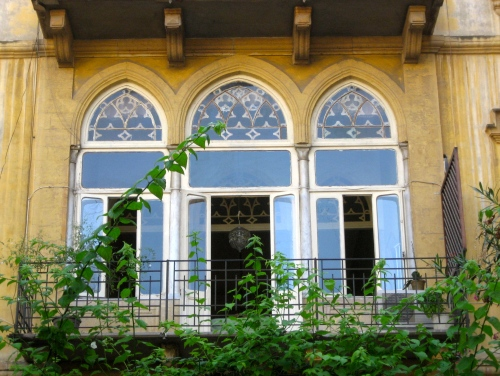 trifore lebanese window via because i love sand