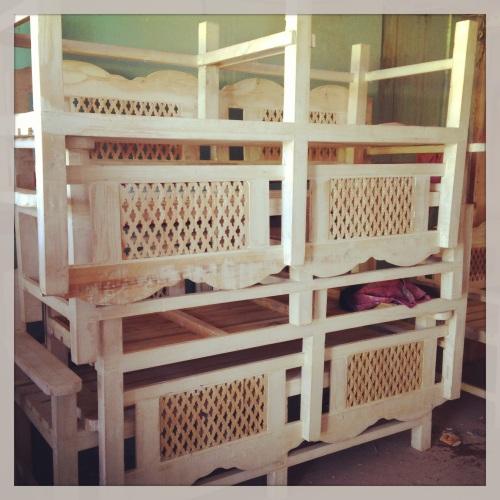 qatari benches