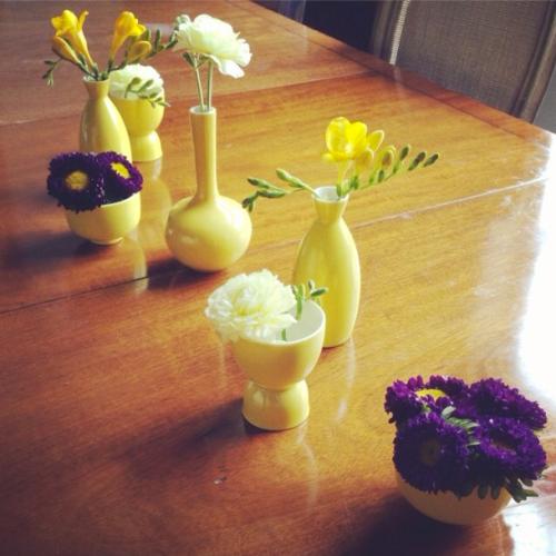 Jenny Komenda instagram sake set flowers